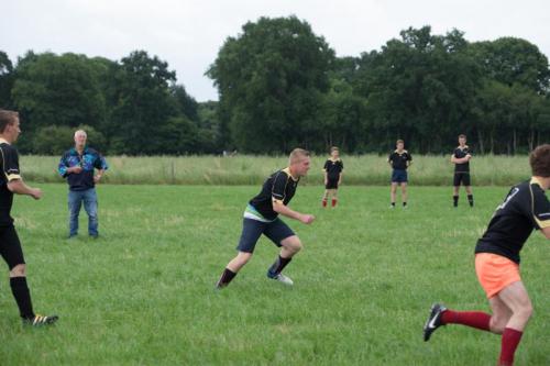 dorpenvoetbal 2016.jpg