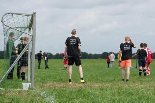 dorpenvoetbal 2016 2.jpg