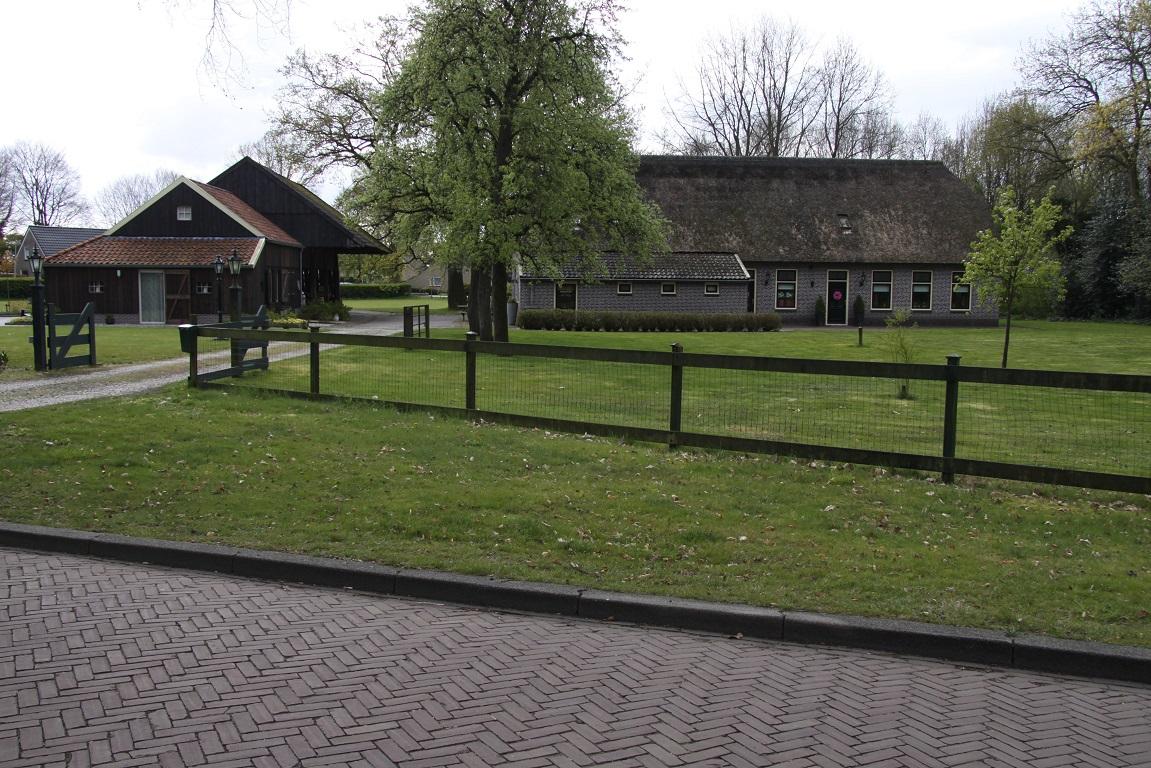 Sleenweb nieuws wandelexcursie het boerenerf in sleen for Klein tuin uitleg
