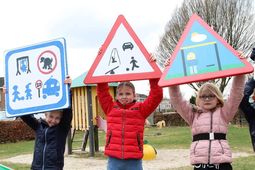 Verkeersborden speeltuin2